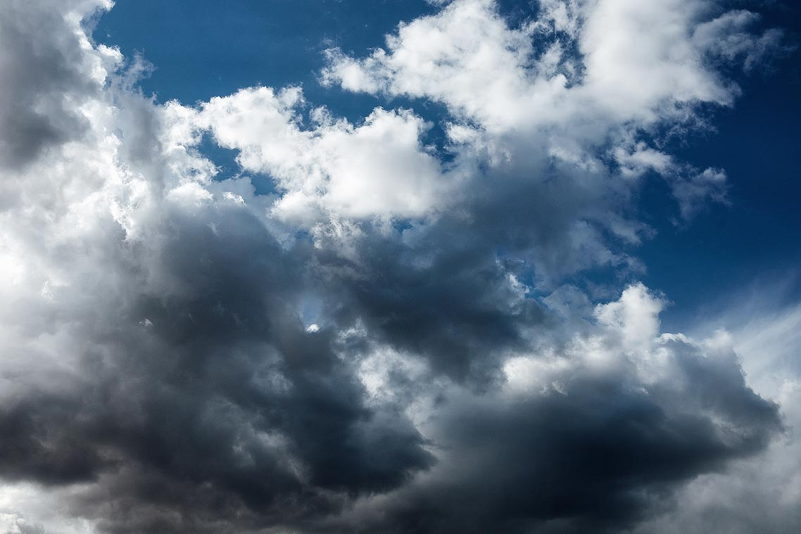 Облака над Золотой Долиной (в разрешении 1140px)