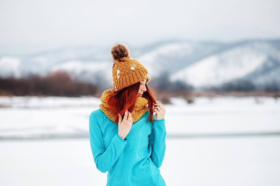 Фото рыжей девушки, зима начала 2019 года