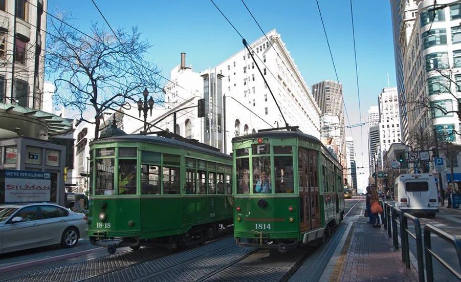 Зелёные трамваи можно встретить в Сан-Франциско и Калифорния. Фото: Peter Ehrlcih