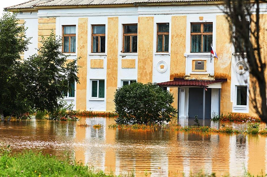 Наводнение снова затопило школу в Золотой Долине, Лётный гарнизон