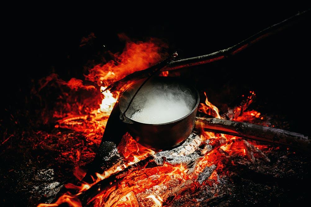 Тёмное варево ведьминых снов - фото и стих к Самайну