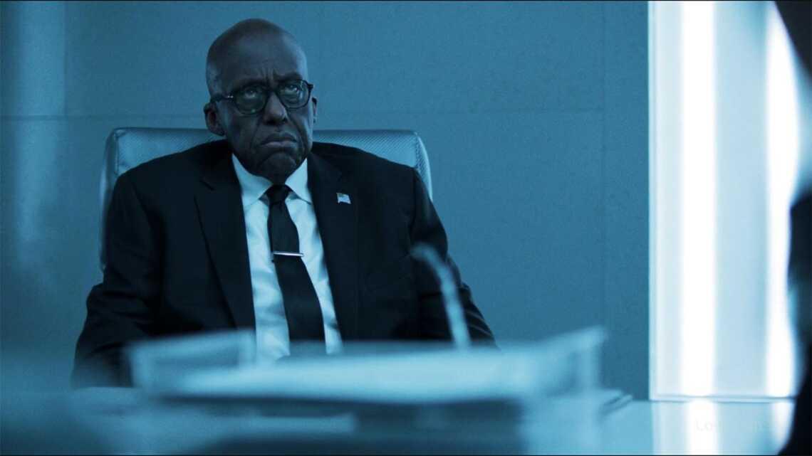 """Агент Перси Оделл, главный антигерой и злодей 3 сезона сериала """"Чёрная Молния"""" (Black Lighting)"""