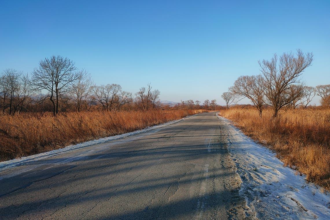 Фотография зимней трассы на смартфон