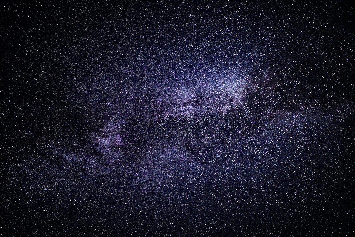 бесплатные стоковые фото для сайта, блога и личного пользования со звёздами, галактикой млечный путь и метеорами. Автор фото - Tengyart