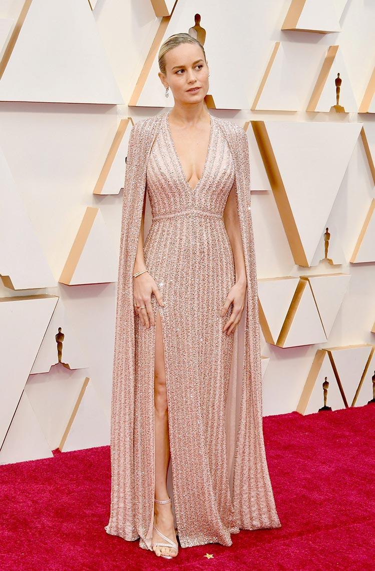 """Натали портман на церемонии награждения """"Оскар"""" в 2020 году, фото на красной ковровой дорожке"""