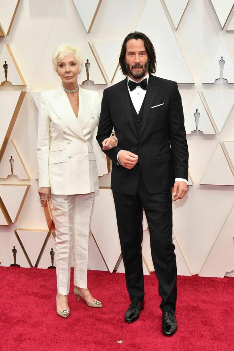 Киану Ривз с мамой, фото на красной ковровой дорожке, Оскар 2020