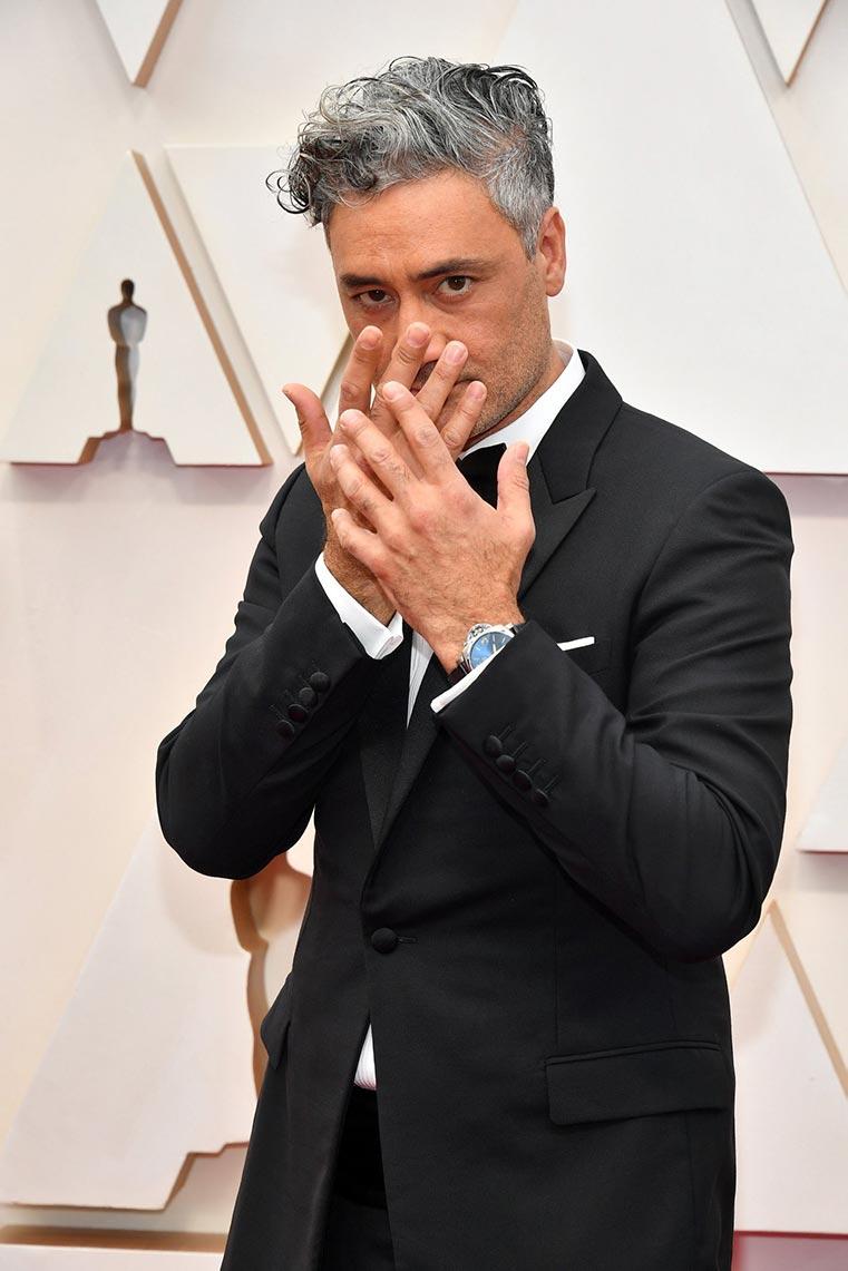 """Тайка Вайтити """"Оскар"""" 2020, фотография с красной ковровой дорожки"""