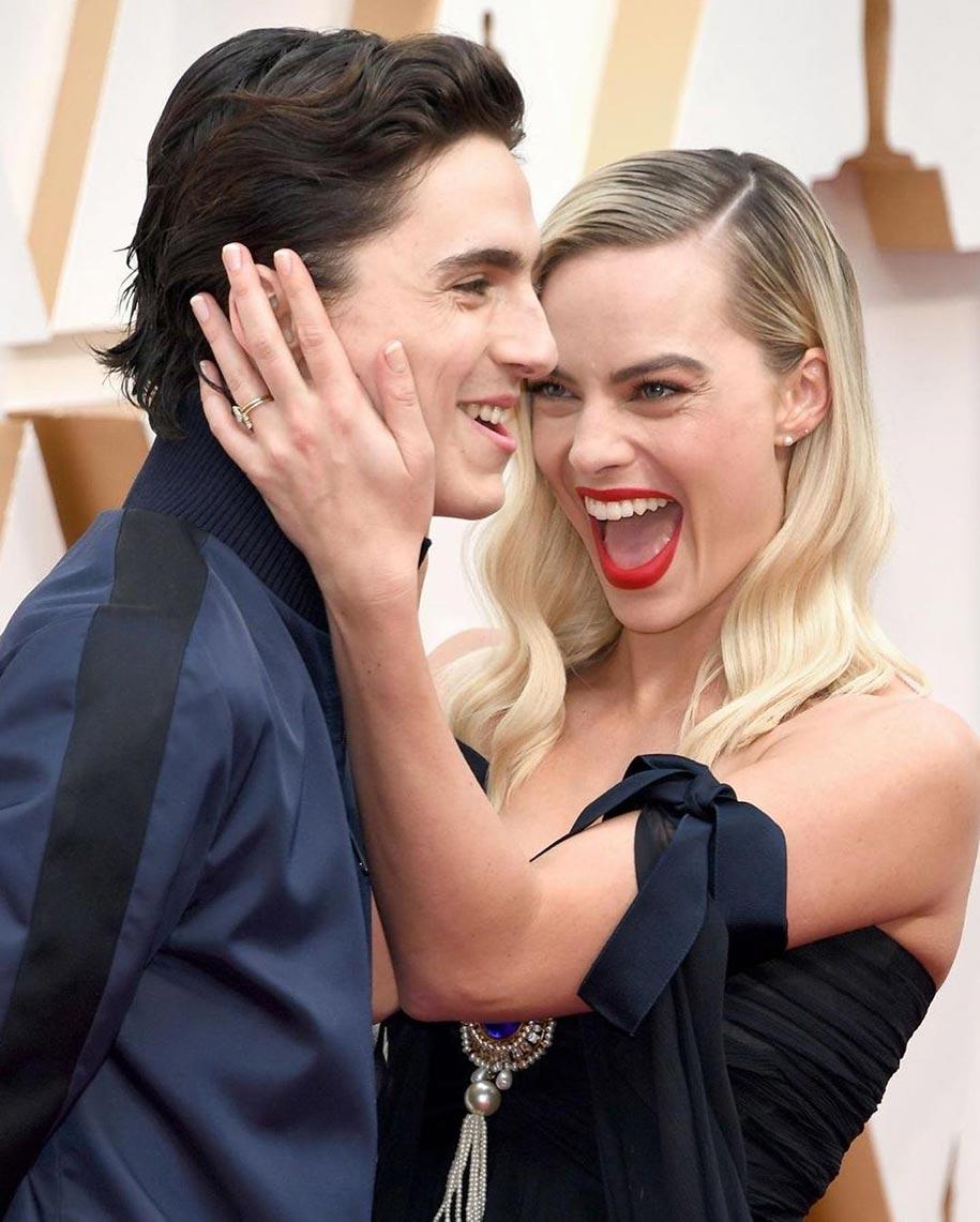 """Фотографя Марго Робби и Тимоти Шаламе, церемония """"Оскар"""" 2020"""