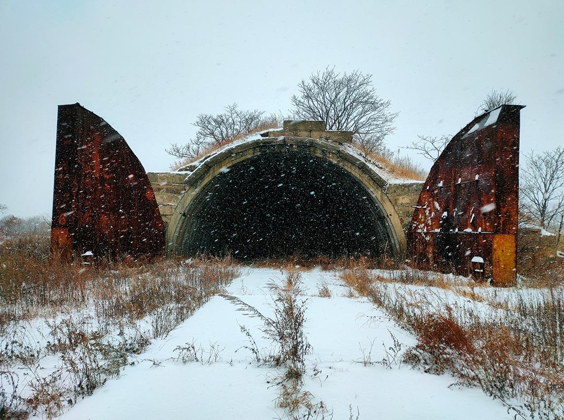 Снегопад в Приморье 16 февраля, фото сделано в Лётном гарнизоне. Фотограф Олег Мороз.