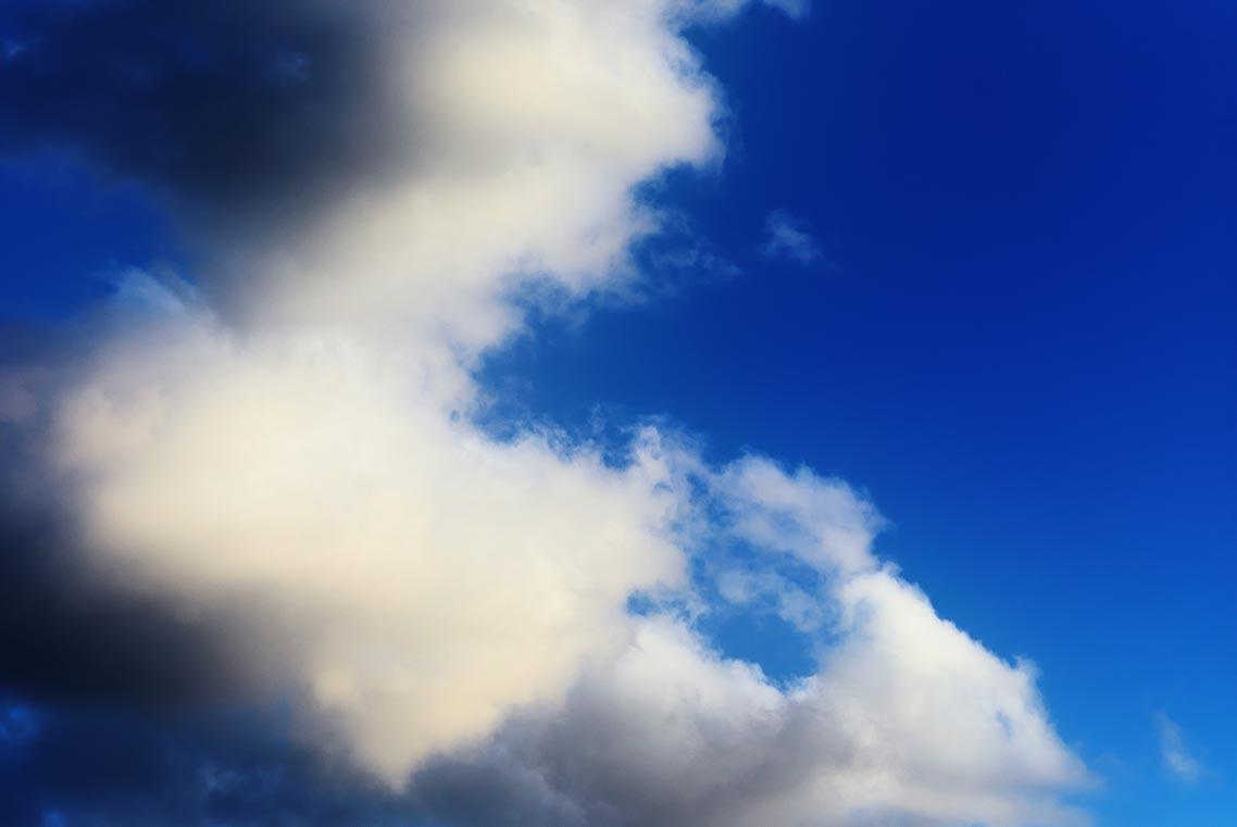 Как и чем чистить матрицу полнокадрового фотоаппарата? Пример фото с небом и облаками после очистки сенсора