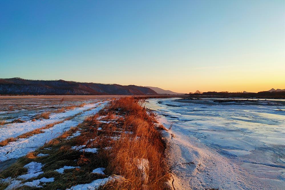 Зимний пезаж. Кадр снят на 64MP камеру (смартфон Realme XT). Фотограф Олег Мороз | Tengyart
