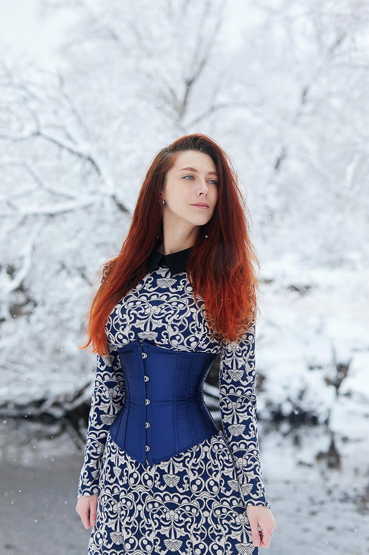 5 советов по съёмке портретов и пейзажей в снегопад, пункт номер 3 - не забывайте о тёплой одежде и защите техники (автор - Tengyart)