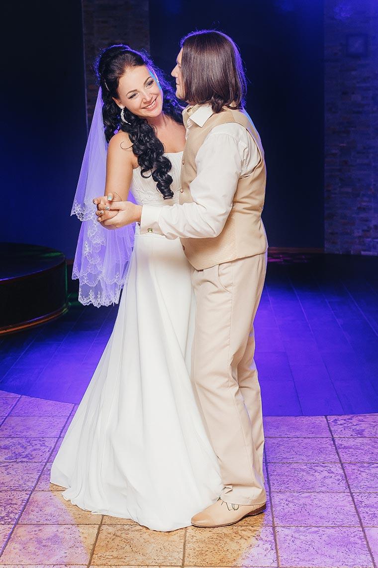 Фотограф на банкет город Находка - свадьба по бюджетной цене