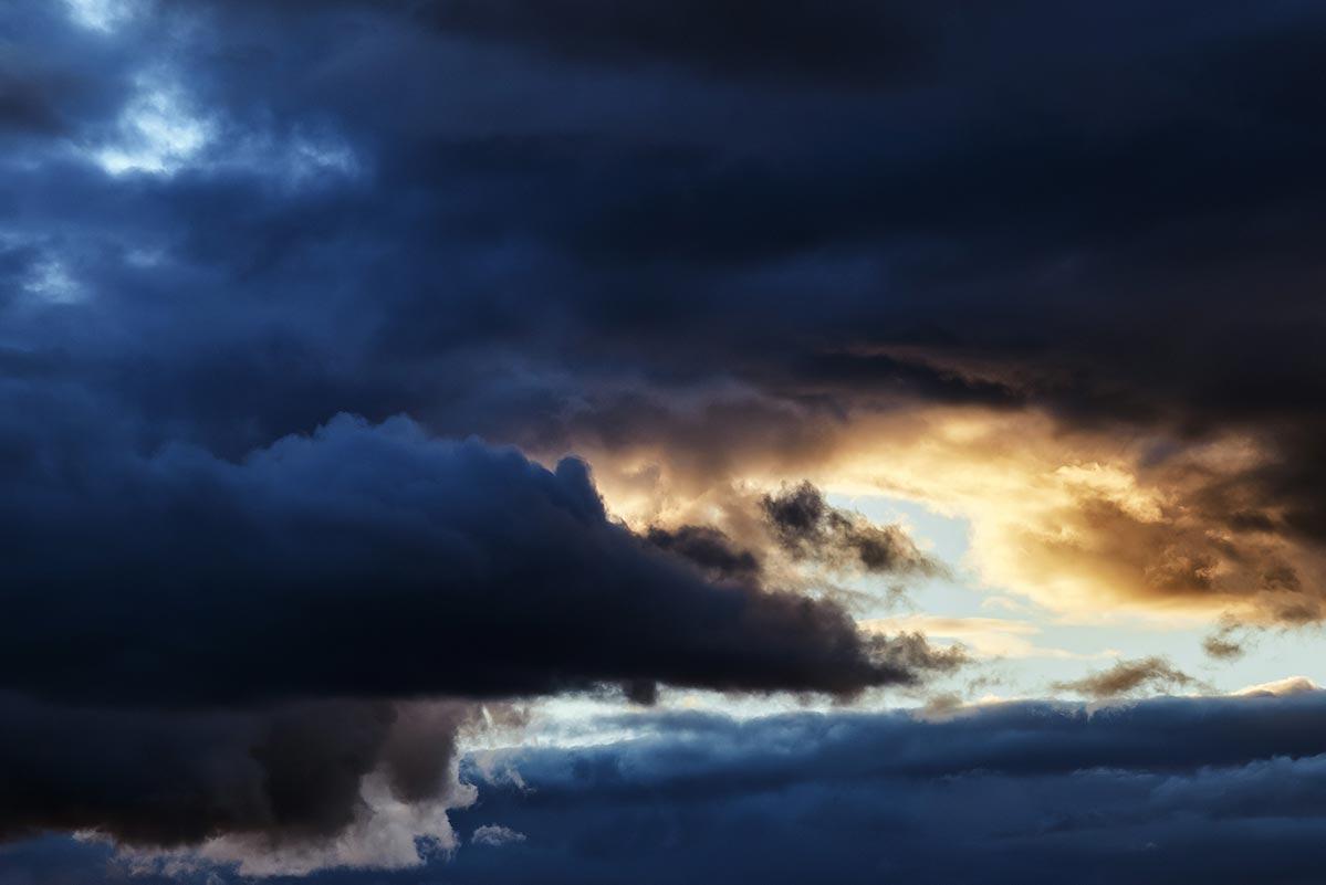 Мрачное небо для дизайнеров и блогеров