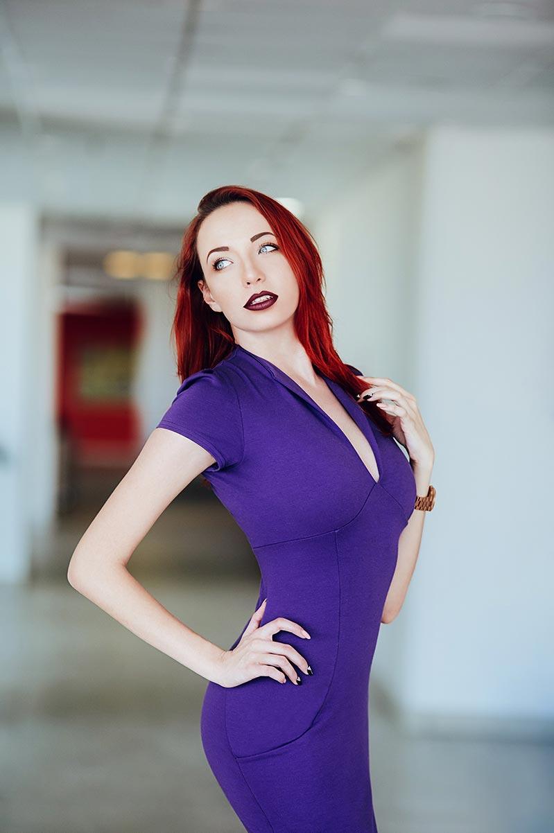 Модельная фотосъёмка в Находке и Владивостоке | Портрет рыжеволосой бизнес-леди