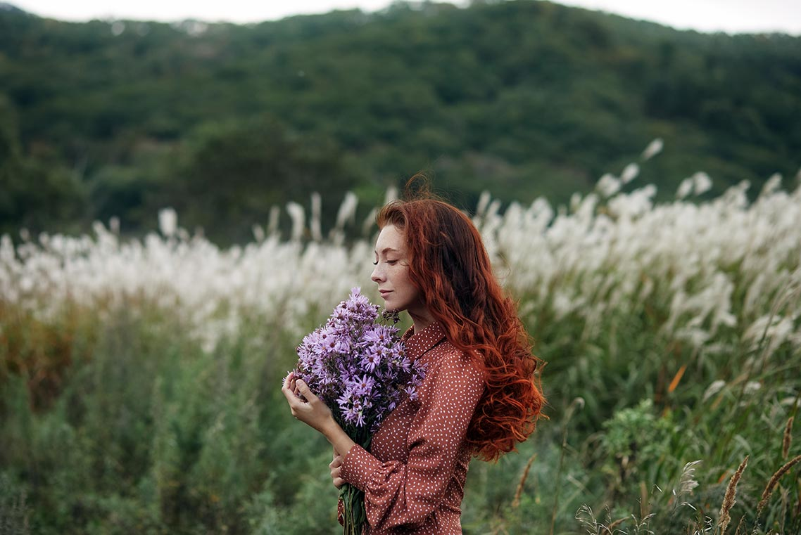 Портретная фотосессия с рыжей девушкой в Золотой Долине (Приморье)