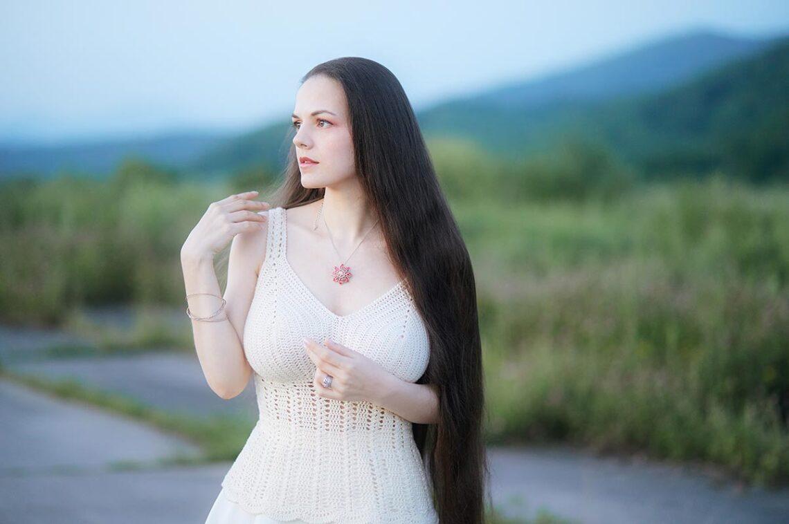 Портретный фотограф Золотая Долина (фотосессия на взлётно-посадочной полосе)
