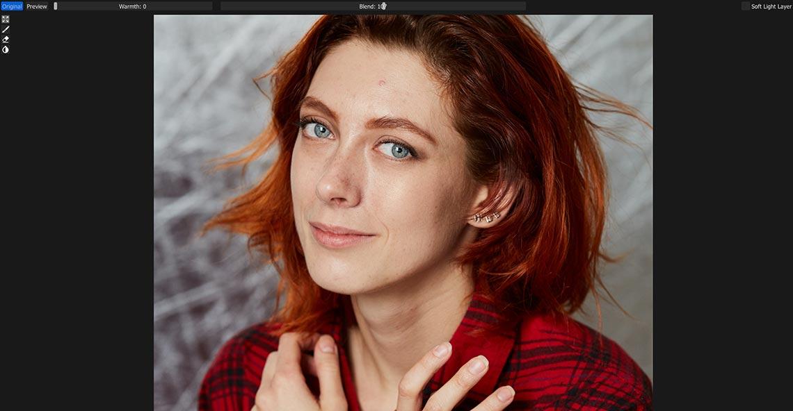 Портрет рыжей девушки до обработки в Retouch4me