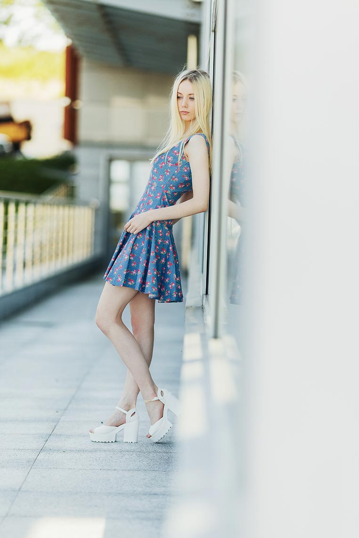 Фотосессия для стильной блондинки во Владивостоке