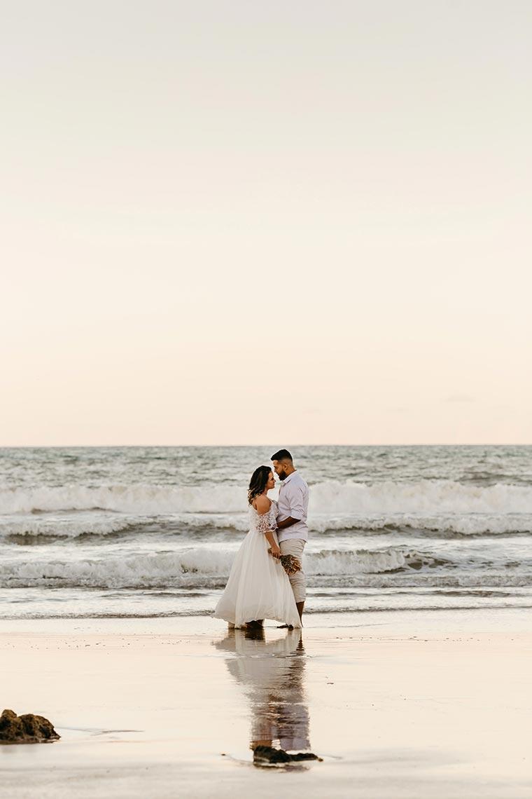 Свадебная фотосессия с выбитым небом (образец для редактирования)