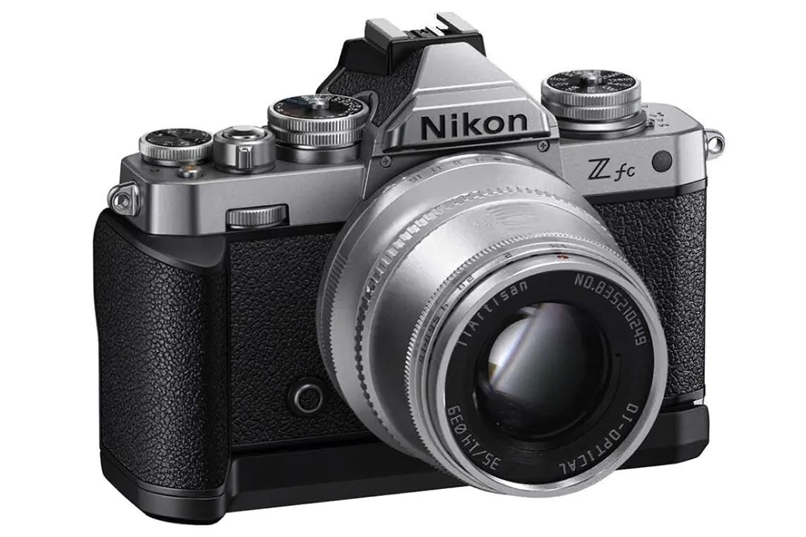 Nikon Z fc с объективом от TTArtisan